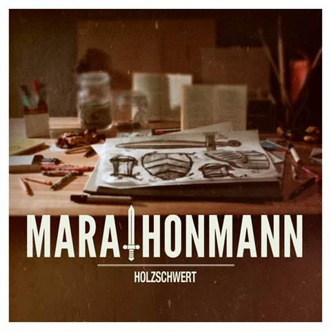 "MARATHONMANN zeigen das ""Holzschwert""-Cover"