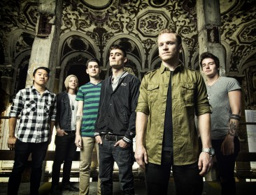 "<a href=""http://www.gestromt.de/2013/05/21/we-came-as-romans-neues-album-tracing-back-roots-am-23-07-2013/"">WE CAME AS ROMANS werden am 23.07.2013 via Equal Vision Records (in Nordamerika) ihr neues und drittes Full-Length Album, ""Tracing Back Roots"" veröffentlichen! Im März wurde das Album in Los Angeles mit Produzent John Feldmann (The Used, Black Veil Brides, All Time Low) eingezimmert. Feldmann dazu: ""It was a true joy to be included in Tracing [...]</a>"