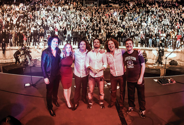 Anathema-End-of-gig-group-shot