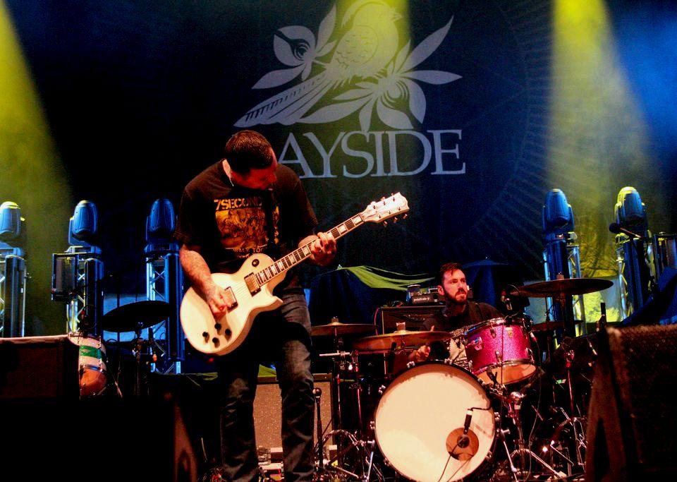BAYSIDE-byCharlotteWalkling