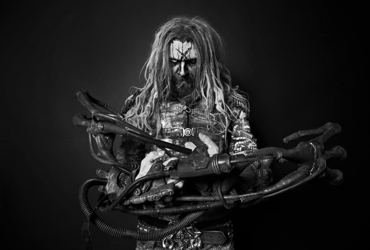 rob-zombie-electric-warlock-acid-witch-satanic-orgy-celebration-dispenser-9058